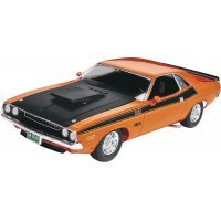 Revell 1/24 1970 Dodge Challenger 2 'n 1 Scaled Plastic Model Kit