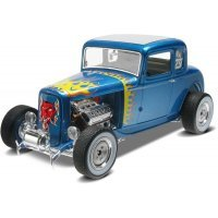 Revell 1/25 1932 Ford 5 Window Coupe Scaled Plastic Model Kit