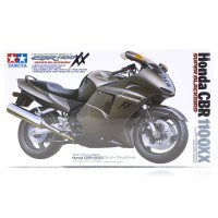 Tamiya 1/12 Honda CBR 1100XX Super Blackbird Motorcycle Plastic Model Kit