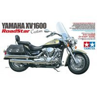Tamiya 1/12 Yamaha XV1600 Road Star Customer Motorcycle Plastic Model Kit
