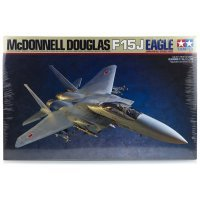 Tamiya 1/32 McDonnell Douglas F-15J Eagle Jet Scaled Plastic Model Kit